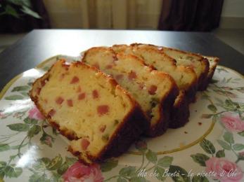 Plum cake salato