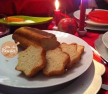 Pane fatto in casa da intingere nella salsina al melograno!
