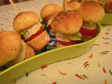 Mini hamburger di pollo