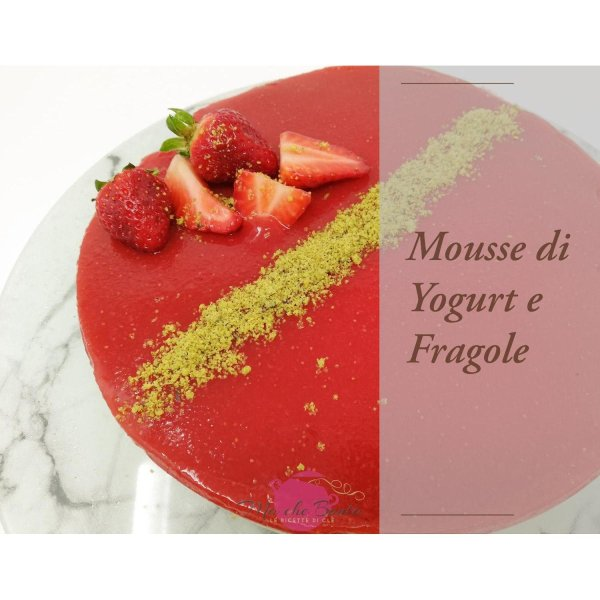 mousse-di-yogurt-e-fragole